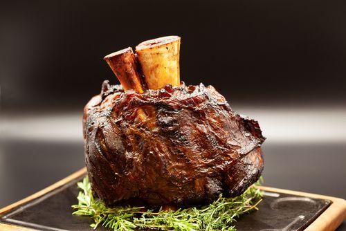 Bull Beef  geschmorte Wade vorgegart